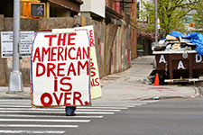 Romney's housing plan lacks fresh ideas while Obama is boosted by bottom callers